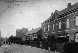 De Kloosterstraat in 1915