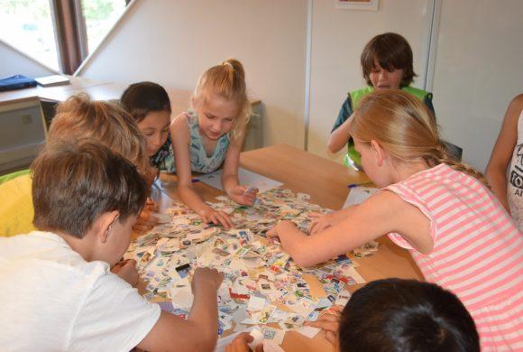 2018-05-09 4A 4B postzegelworkshop in de bib