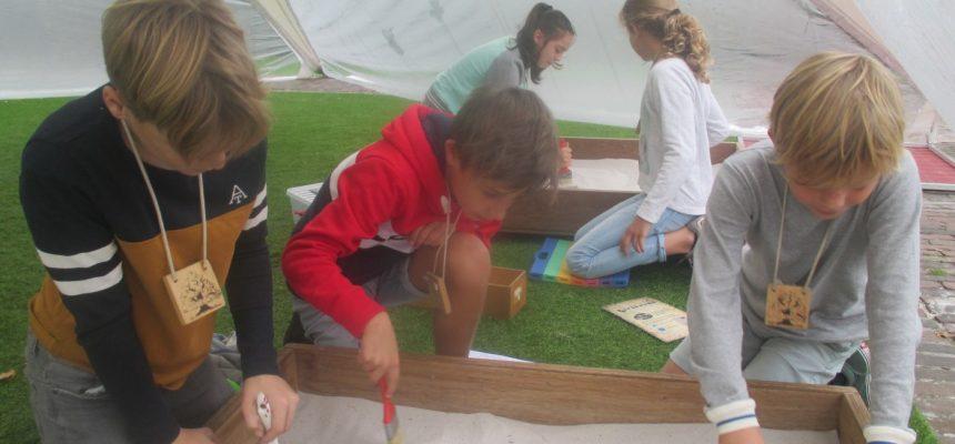 5e leerjaar op bezoek in museum 'De Kolonie'