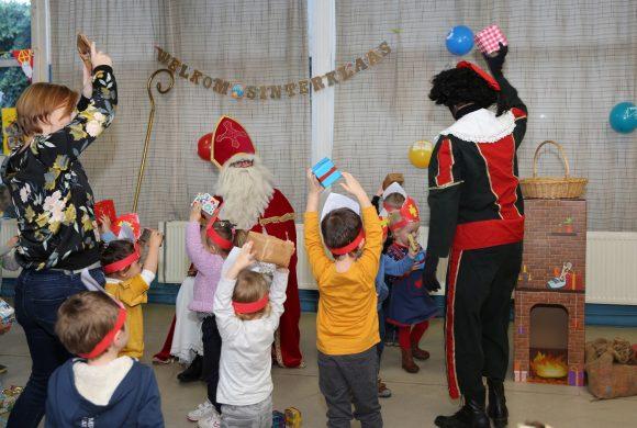 Sinterklaas bezoekt alle kleuters op Eltenbos