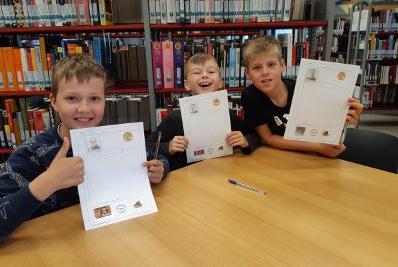 4B neemt deel aan het postzegelatelier!